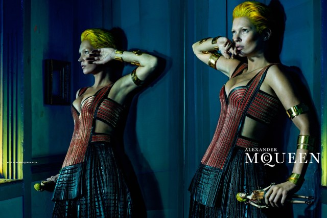 McQueen-Moss-4-Vogue-27Jan14-Steven Klein_b_1440x960 - Copy