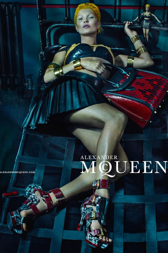 McQueen-Moss-8-Vogue-27Jan14-Steven-Klein_b - Copy